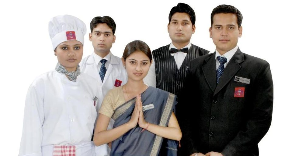 hotel management courses in delhi
